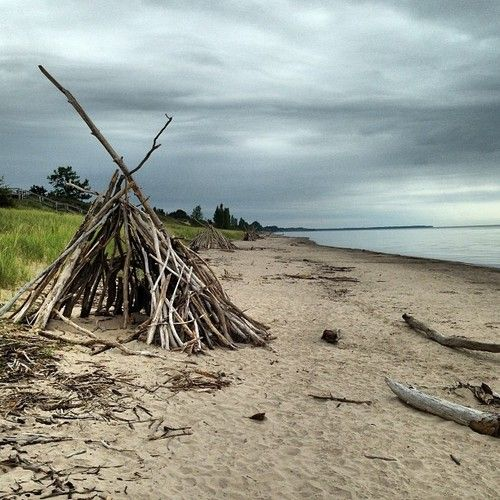 a picture of a beach teepee